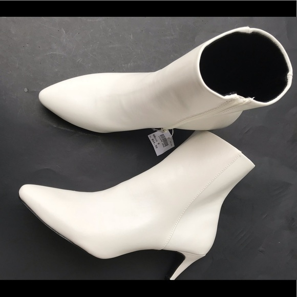 857692ed794 CHRISTIAN SIRIANO FOR PAYLESS WHITE BOOTIES